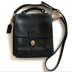 Vintage COACH Crossbody Station Bag 5130 Black